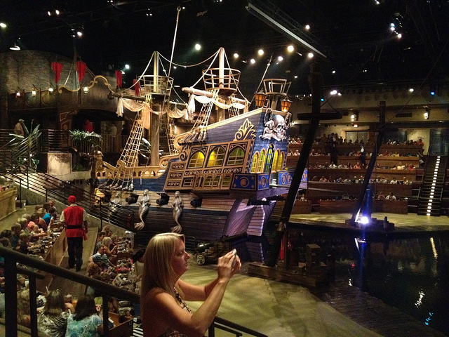 Pirates_Voyage-Myrtle_Beach-South_Carolina-b10c05c6562c4924ae821ec1d7e83f58